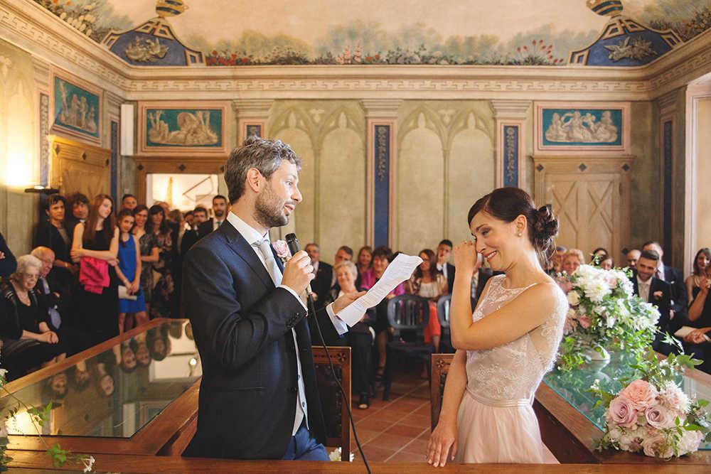 fotografo matrimonio langhe foto di coppia