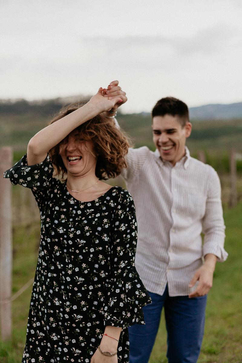 Servizio fotografico di coppia con attività nelle Langhe, Tiziana Gallo Fotografa